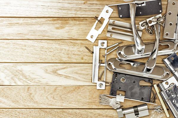 door plates and door handles